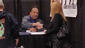 Sue and Billy Dee Williams at Comic Con 2015